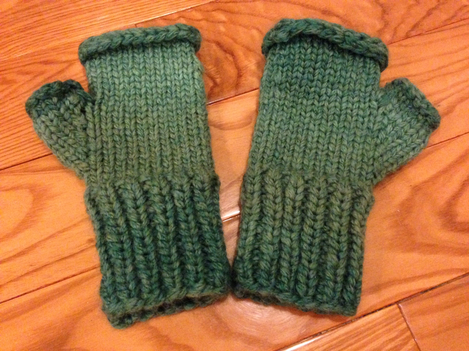 Knitting Mittens With Magic Loop : Magic loop mittens knit without fear maura elizabeth